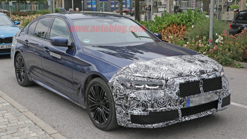 BMW 5 Series plug-in facelift spied testing in Europe