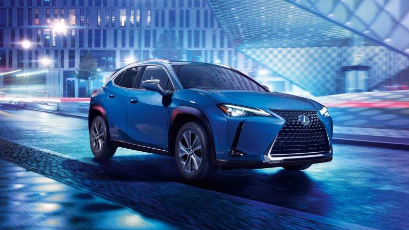 Lexus reveals UX 300e electric crossover